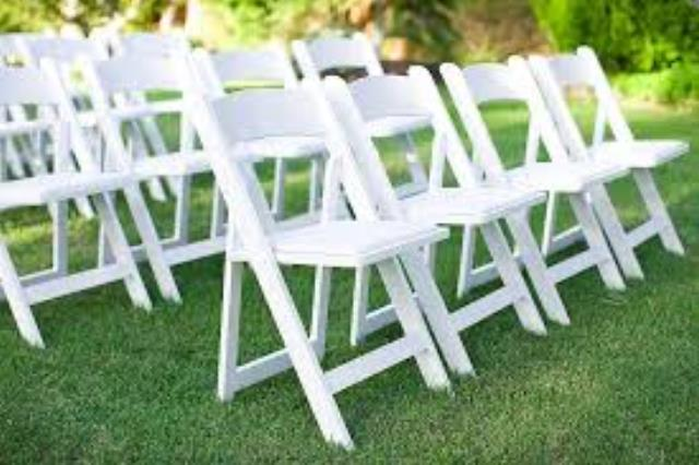Where to find Garden Chair, White Padded in Kearneysville
